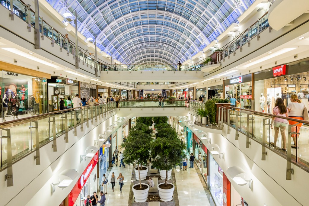 suburban regional shopping malls: can the magic be restored? essay #2 what shopping trends do you foresee over the next 10 years how might these trends affect suburban regional shopping malls #3 what new retail concepts can you identify how might you learn about more.
